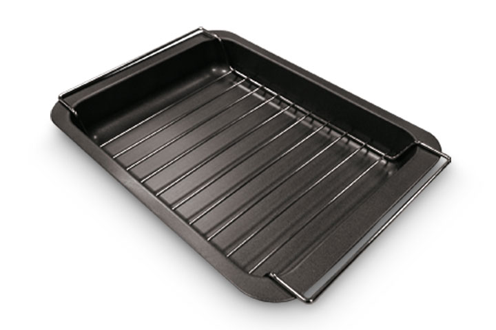Roast pan with grill rack