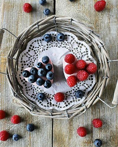 Cuori di gelato & frutti di bosco