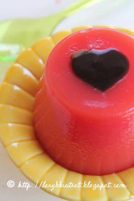 Gelatina di anguria con glassa al cioccolato fondente